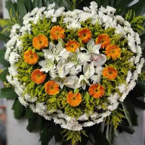 Coroa de Flores Coração Laranja